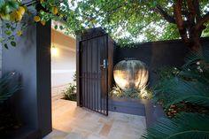 Nedlands Tropical Garden – Cultivart Landscape Design Source by nickgardenguy Modern Landscape Design, Garden Landscape Design, Modern Landscaping, Backyard Landscaping, Tropical Garden Design, Landscaping Ideas, Tropical Gardens, Landscaping Software, Backyard Ideas