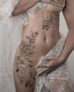 Likes, 53 Comments - Keith Calf Tattoos For Women, Dragon Tattoo For Women, Sexy Tattoos For Girls, Tattoo Girls, Back Tattoo Women, Hot Tattoos, Body Art Tattoos, Sleeve Tattoos, Side Body Tattoos