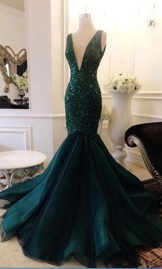Plunging Neck Mermaid Atrovirens Prom Dress with Sequin Appliques Lace V Back Evening Dress H01457