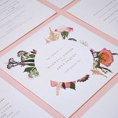 I've been bowled over by @nicetystudio this week and their pressed flower invitation suite Perfect for a summer wedding.