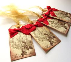 BONNE ANNEE gift tags, distressed and glittered. At the Christmas Muse on xmasmuse.etsy.com