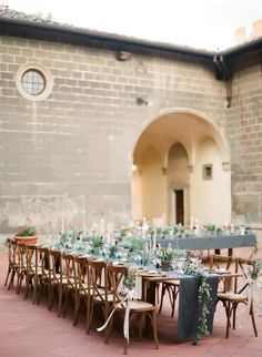 Stunning Destination Wedding At Castello di Oliveto in Tuscany Decorating With Herbs, Travel Through Europe, Tuscan Wedding, Wedding Decorations, Table Decorations, Bridal Boudoir, Reception Table, Tuscany, Destination Wedding