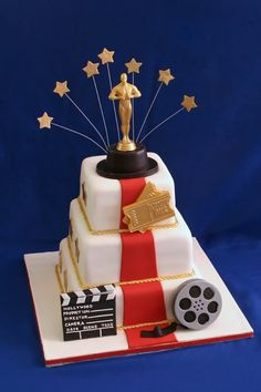 Hollywood Cakes - - -Love this Cake