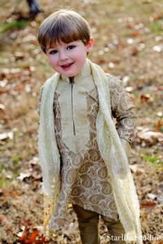 indian wedding mini maharaja portrait http://maharaniweddings.com/gallery/photo/5720