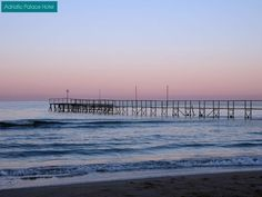 There's still time to enjoy wonderful sunsets along the beach of Jesolo! http://www.hoteladriaticpalace.com/