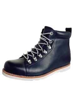 Bota Timberland EK 2.0 Lace To Toe Chukka Azul - Compre Agora | Dafiti - winter is here... #starkfeelings