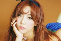 Following Victoria's teaser pictures from yesterday, f(x)'s second set of teasers feature Luna. Several pictures were released on their official sitealong with a video for Luna on Instagram.    #Luna A video posted by @fx_4walls on Oct 22, 2015 at 8:01am PDT    The group is gearing up f...