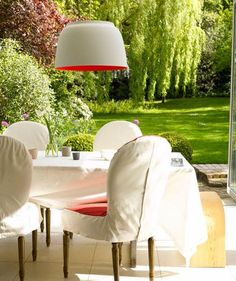 Seeing Red | From porches to patios, transform your outdoor space with smart decorating tricks.