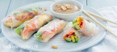 Rainbow summer season rolls with peanut sauce Ketogenic Diet Breakfast, Ketogenic Diet Food List, 200 Calorie Meals, Asian Snacks, Healthy Summer Recipes, Ramadan Recipes, Lunch To Go, Diet Meal Plans, I Love Food