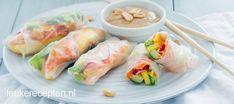 Rainbow summer season rolls with peanut sauce Ketogenic Diet Food List, Vegan Keto Diet, Ramadan, 200 Calorie Meals, Asian Snacks, Healthy Summer Recipes, Lunch To Go, I Love Food, Food And Drink