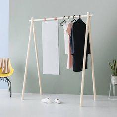 Amazing Clothes Rail Design Ideas - Page 7 of 39 Wood Clothing Rack, Diy Clothes Rack, Clothes Rail, Design Shop, Store Design, Make Your Own Clothes, Diy Garden Decor, Danish Design, Wardrobe Rack