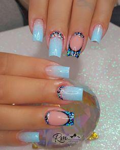 What Christmas manicure to choose for a festive mood - My Nails Shellac Nail Art, Nails Polish, Cute Acrylic Nails, Cute Nails, Green Nails, Pink Nails, My Nails, Glow Nails, Glamour Nails