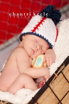 oh my gosh... so cute for a little baby red sox pic for Colin #baby #baseball #pictures