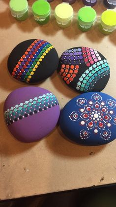 Painted Pebble and River Stone Crafts – Repainted rock is such a growing fad as well as there are several talented musicians that offer repainted rock art on Etsy and . Read MoreColorful and Artsy Ideas for Painted Pebble and River Stone Crafts Rock Painting Patterns, Rock Painting Ideas Easy, Dot Art Painting, Rock Painting Designs, Pebble Painting, Pebble Art, Stone Painting, Mandala Painting, Mandala Painted Rocks