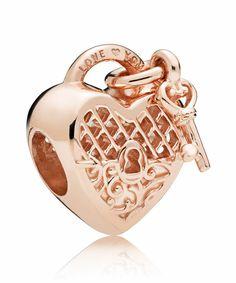 Bijoux Pandora: charms Pandora et bracelet Pandora Charms Pandora, Pandora Beads, Pandora Bracelets, Pandora Jewelry, Charm Jewelry, Charm Bracelets, Pandora Accessories, Pandora Pandora, Charm Bead