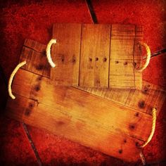Hardwood Floors, Flooring, Wood Tray, Decoupage, Feels, Woodworking, Facebook, Breakfast, Crafts