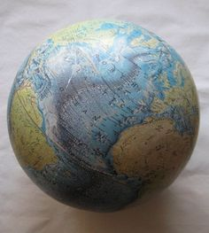 NATIONAL GEOGRAPHIC VINTAGE GLOBE - CARTOGRAPHIC DIVISION, NATIONAL GE – NOMADCHIC