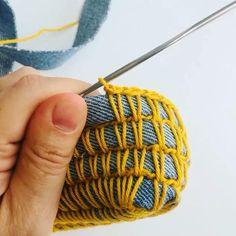 Crochet Art, Crochet Crafts, Crochet Stitches, Crochet Projects, Free Crochet Bag, Crochet Market Bag, Crochet Quilt, Crochet Motif, Fabric Crafts