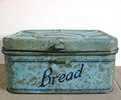 vintage bread box                 ****