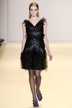 Carolina Herrera Fall 2010 Ready-to-Wear Fashion Show Collection