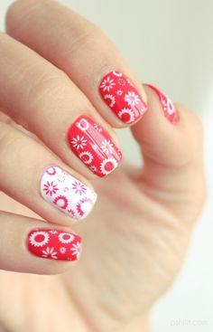 Las uñas se han convertido en un elemento más de nuestro look perfecto. Miles de blogueras y maquilladoras suben fotos de sus manicuras a las redes sociales...