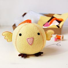 Make Your Own Chick Craft Kit - model & craft kits