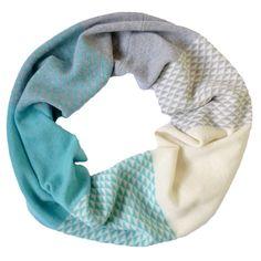 Seafoam green triangle circle scarf - Miss Knit Nat