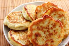 Potato patties recipe is a famous South Asian recipe full of natural ingredients and easy to cook at home within a short time. Potato Bread, Potato Cakes, Leftover Potatoes, Chocolate Frosting Recipes, Potato Patties, How To Make Potatoes, Patties Recipe, Savoury Cake, Sweet Cakes