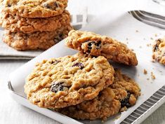 Chewy Good Oatmeal Cookies Recipe- Recipes Here's a great oatmeal cookie with all my favorite extras: dried cherries, white chocolate chips and macadamia nuts.Sandy Harz, Grand Haven, Michigan Best Oatmeal Cookies, Oatmeal Cookie Recipes, Best Cookie Recipes, Cookie Desserts, Dessert Recipes, Party Recipes, Yummy Recipes, Baking Recipes, Crack Crackers
