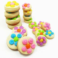 dots to daisies itty bitty cookie bites | The Decorated Cookie so simple but so cute