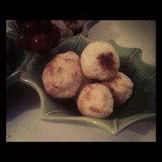Kuleczki kokosowe Muffin, Breakfast, Food, Morning Coffee, Essen, Muffins, Meals, Cupcakes, Yemek