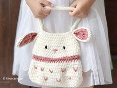 crochet bow pattern Little Bunny Bag - Free crochet pattern - Khuc Cay Crochet Toddler, Easter Crochet, Crochet Bunny, Cute Crochet, Crochet For Kids, Crochet Crafts, Crochet Projects, Crochet Stitches, Crochet Patterns