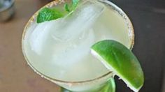 The Kentucky Derby always falls close to Cinco de Mayo. This drink will make everyone happy at your Mexico via Kentucky party!