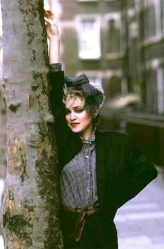 To mark the anniversary of Like A Virgin, a new book entitled Madonna: Ambition. Style will be released – it features images that chart the singer's journey from her first photo session to the Sticky & Sweet stadium tour 1980s Madonna, Madonna Rare, Madonna Music, Lady Madonna, Madonna Vogue, Marilyn Monroe, Divas, Madonna Like A Virgin, Madonna Looks