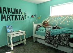 hakuna matata on the wall. i love the colors, plus the lights.