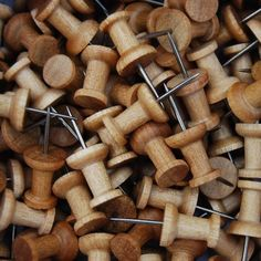These wood push pins are an amazing alternative to plastic push pins! So much more eco friendly.