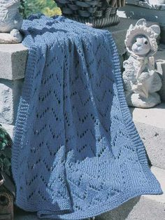 Horizontal Chevrons Throw FREE knit pattern download. Find this pattern at FreePatterns.com.