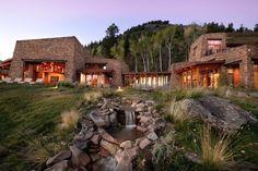 Splendid residence at Deep Creek Mesa in the exclusive Gray Head Wilderness Preserve overlooking Telluride, Colorado
