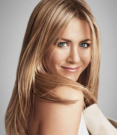 Want to get frizz-free strands like Jennifer Aniston? Now you can. No Frizz Humidity Shield weightlessly blocks 100% humidity to prevent and correct the first signs of frizz.