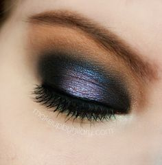 Spellbound -makeupbyhilary MUG shadows in Beaches and Cream,Latte,White Lies, MUG Pigment in Bewitched, UD Naked 2 Palette