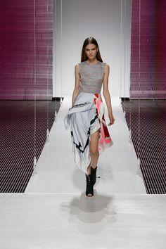 Christian Dior Resort 2015 – Vogue