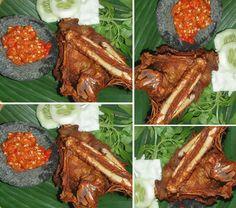 Resep bebek goreng khas Lamongan memang berbeda dengan resep sejenis pada umumnya. Hidangan kuliner ini memiliki cita rasa tersendiri. Selain itu, daging bebek terasa empuk meskipun digoreng hingga garing. Berikut penjelasan selengkapnya. Perlu diketahui, resep ini tak kalah sedap dengan sejumlah resep lain yang pernah dihadirkan Oke Foods, seperti, resep cumi goreng tepung & rahasianya jadi crispy, resep ikan kakap masak tumis saus tiram, resep mie ayam khas Jakarta, serta resep bebek pr...