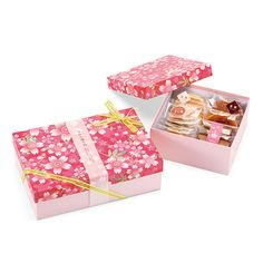 Box Packaging, Packaging Design, Sakura Cherry Blossom, Cherry Blossoms, Red Packet, Budget Meal Planning, Mini Cakes, Love Flowers, Bath Bombs