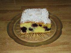 Heidelbeerkuchen - Rezept Cheesecake, Dairy, Desserts, Food, Strawberries, Sheet Cakes, Dessert Ideas, Food Food, Bakken