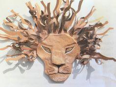 Lion King Junior Mask. Cardboard craft / Paper Mache Cardboard Mask, Cardboard Crafts, Lion King Crafts, African Art Projects, Lion King Costume, Lion King Jr, Lion Hat, School Week, African Masks