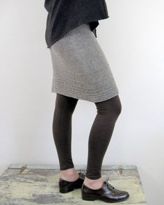 Short Description: Steffi is a custom fitted skirt. Warning, there is a little bit of math involved but don't let it scare you. You'll take 3 measurements from your body (or a skirt whose fit you'd li Black Crochet Dress, Crochet Skirts, Knit Skirt, Diy Crochet, Spring Work Outfits, Animal Print Skirt, Fitted Skirt, Straight Skirt, Knitting Designs