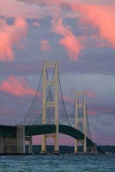 Beautiful sunset at the Mackinac Bridge, Michigan