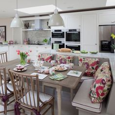 Kitchen Diners That Are Rocking A Bench Seat