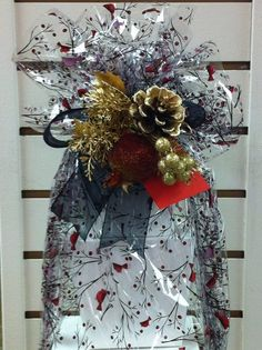 Creative Packaging is North America's leading food, gift , party & retail packaging company for Business & Personal. Packaging Company, Retail Packaging, Creative Ideas, Christmas Wreaths, Holiday Decor, Party, Gifts, Diy Creative Ideas, Presents