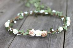 Items similar to Artificial Green Silk Leaf - Flower Crown - Hair Garland Embossed Fabric Leaf - Floral Crown - Artificial Wedding Floral Halo -Wedding Crown on Etsy Ivory Wedding Flowers, Flower Crown Wedding, Bridal Flowers, Flowers In Hair, Silk Flowers, Floral Wedding, Trendy Wedding, Olive Wedding, Wedding Crowns